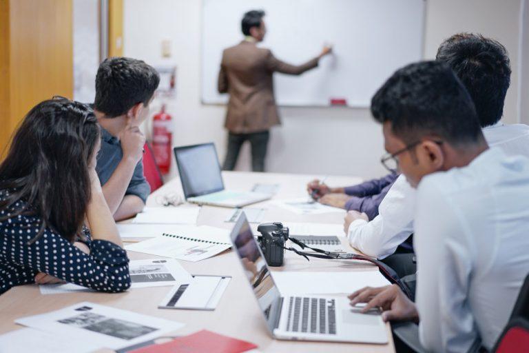 Suivre une formation Qualiopi, un bon plan pour être formateur certifié Qualité